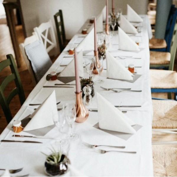 Grieche-Nürnberg-Lokal_Tisch